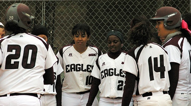 NCCU Softball Group Huddle 2015